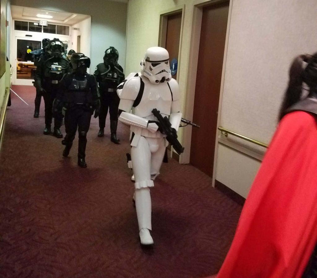 QE2019, Star Wars, Hallway, FENewsNet